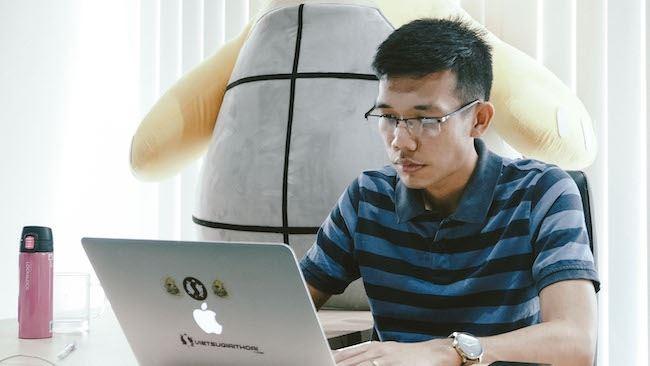 Viet Su Giai Thoai: From Ideas to Professional Startup